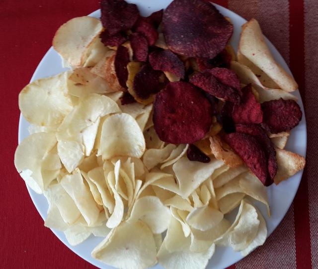 Yuca chips (homemade)