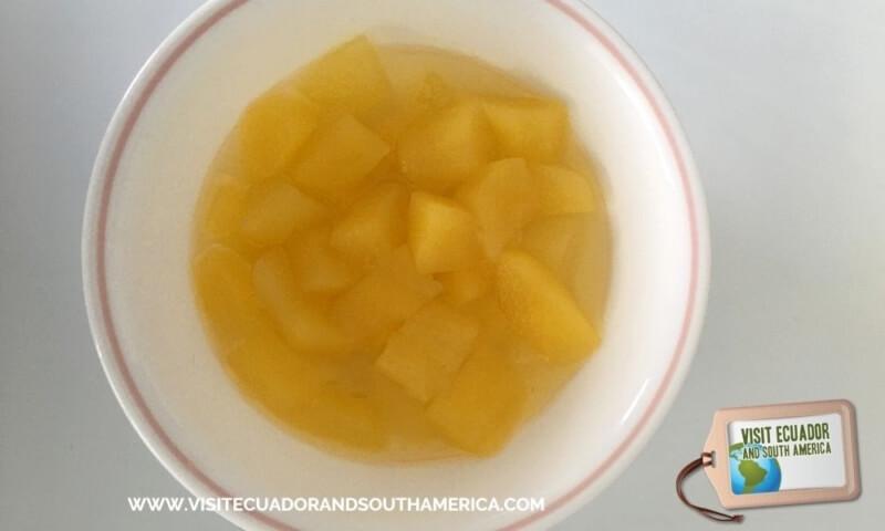 Ecuadorian fruit babaco (3)